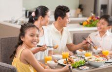 Tập thói quen sinh hoạt và vệ sinh tốt cho con
