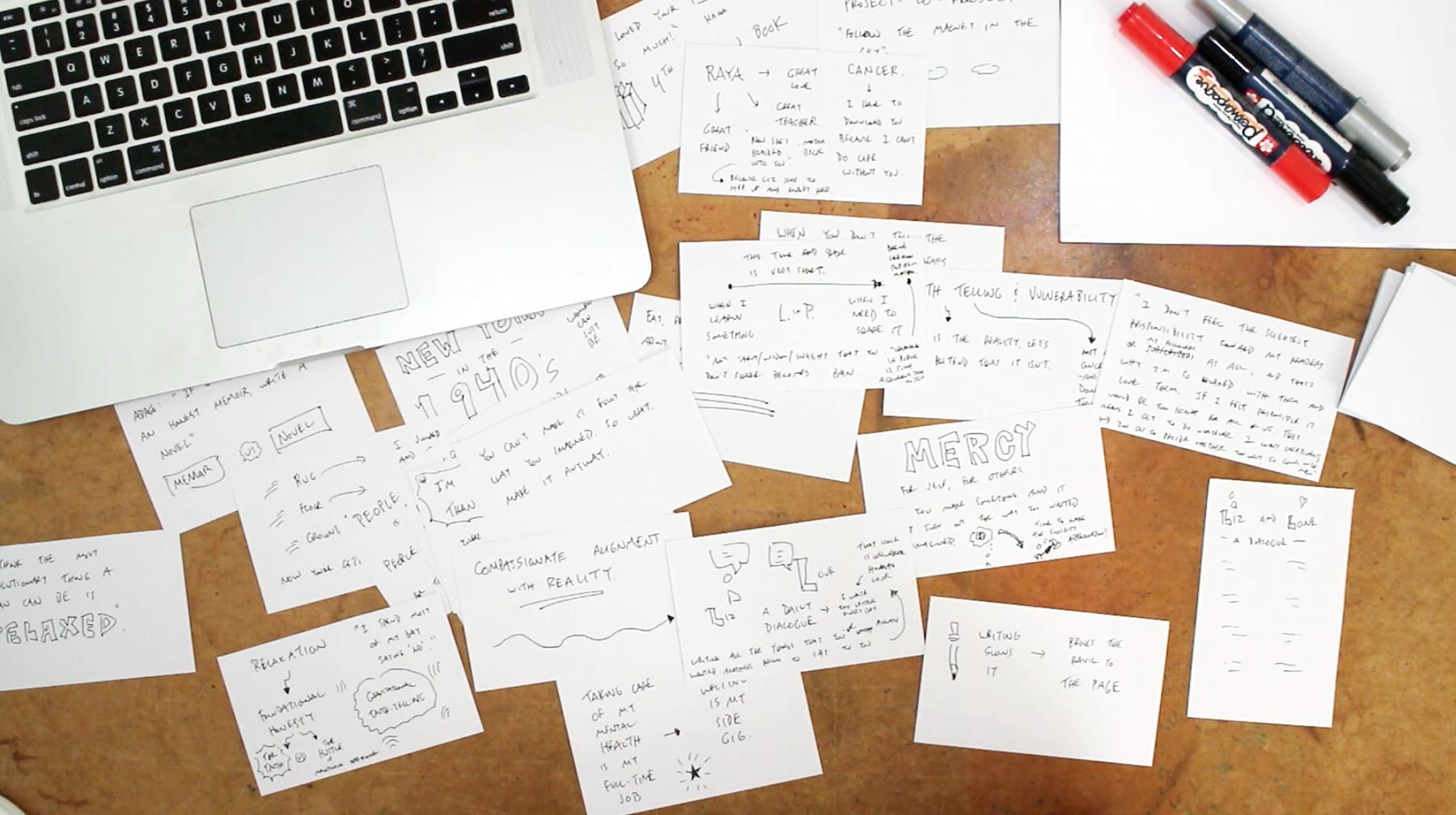 Học thuộc sẽ nhanh hơn nếu ghi lại kiến thức ra giấy