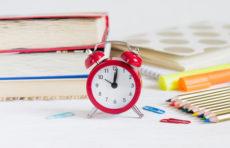 Làm sao để trẻ sắp xếp thời gian biểu học tập hợp lý?