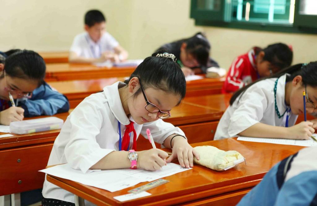đạt điểm cao trong kỳ thi học kì